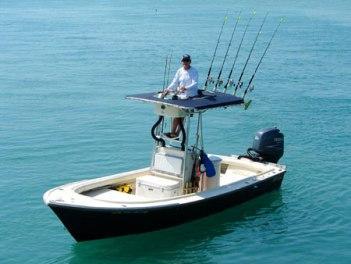 Лодка для рыбалки на спиннинг: как выбрать правильно?