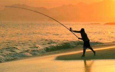 Морская рыбалка на вечерней зоре